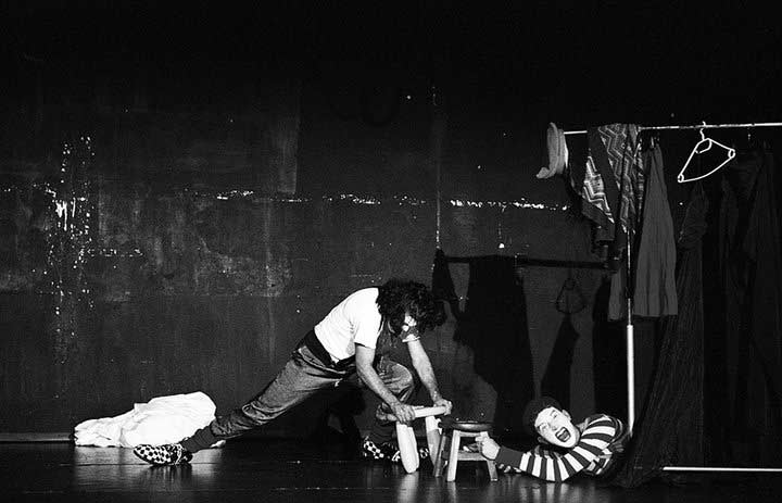 CLAUN spettacolo teatro d'emergenza