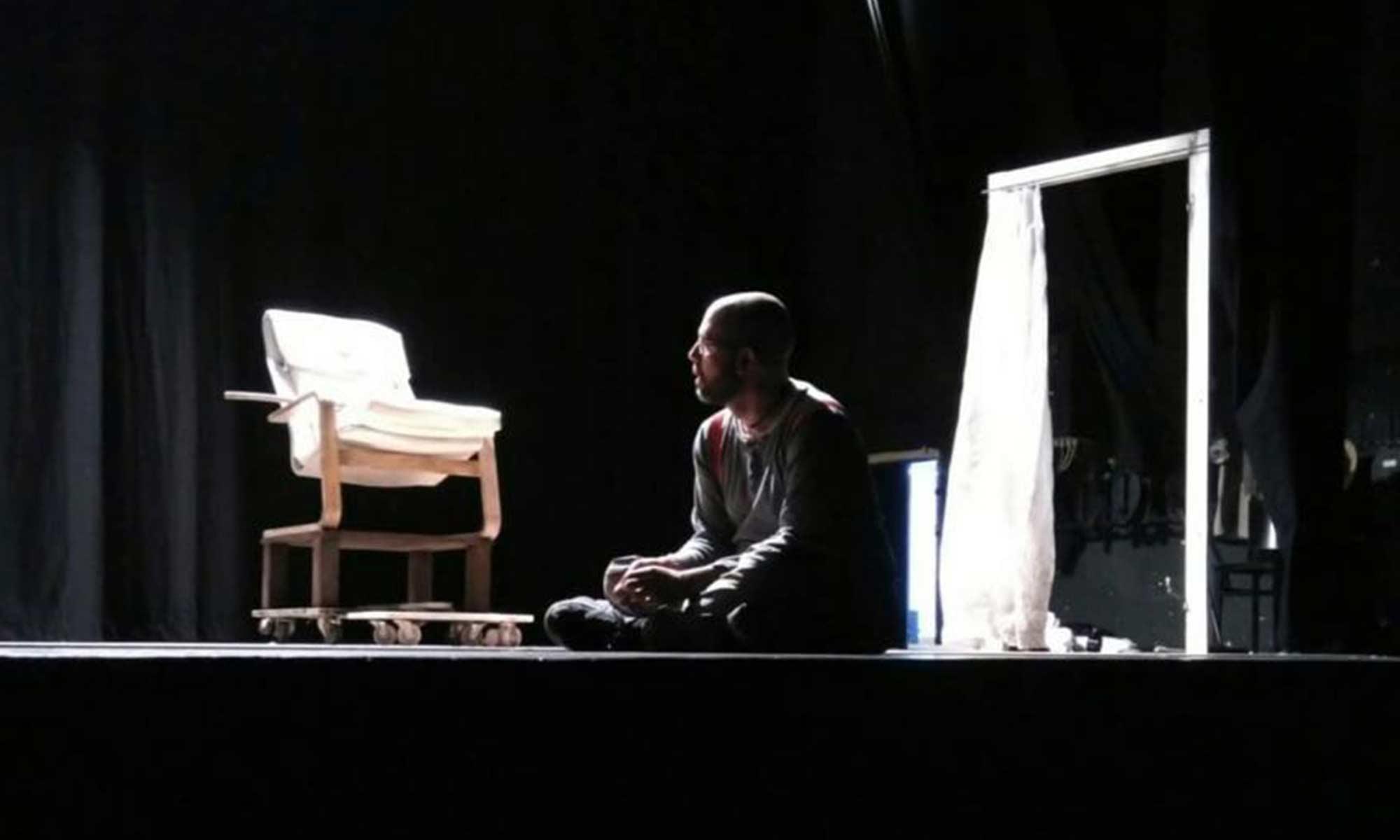 Contatti Compagnia Teatro d'Emergenza Lugano Luca Spadaro e Massimiliano Zampetti